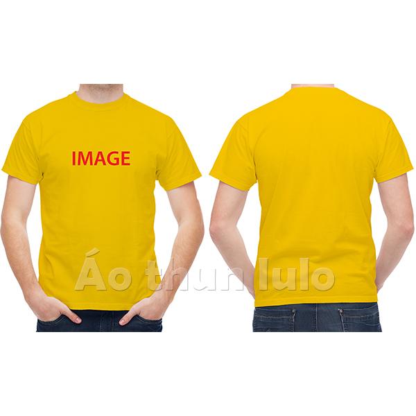 In hình ảnh trước ngực